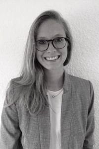Dr. Anna Hampel